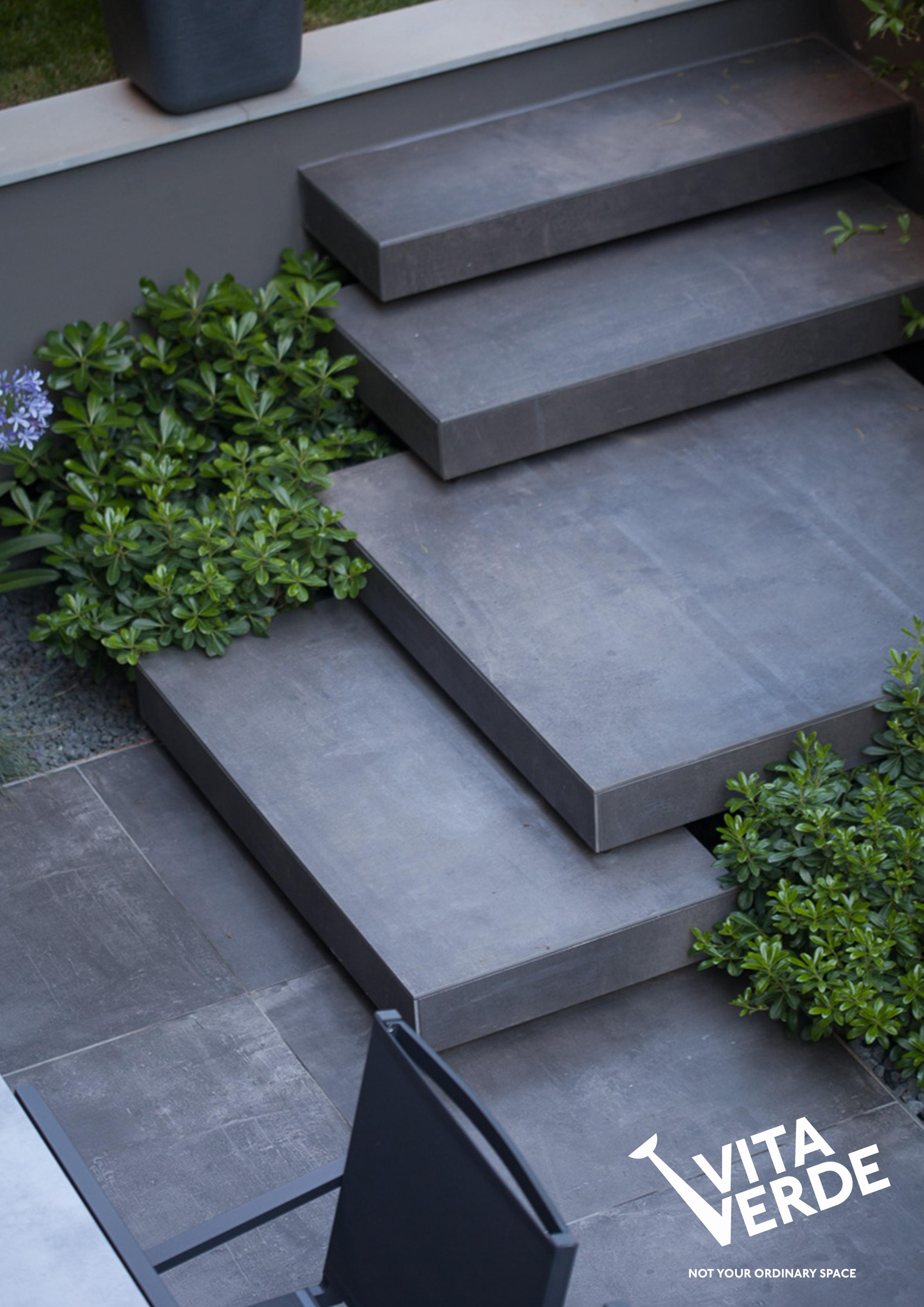 Garden detail-stairs